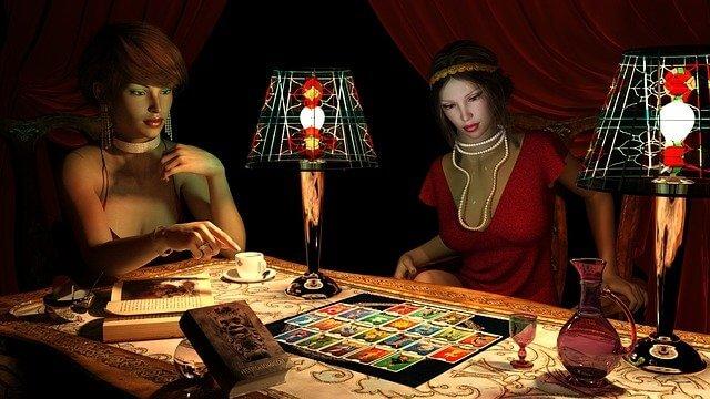 tirada de cartas de tarot interactivo gratis online